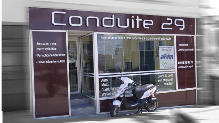 contact conduite 29 auto ecole brest permis auto permis moto bsr code de la route. Black Bedroom Furniture Sets. Home Design Ideas
